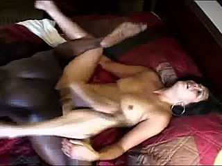 Wife fucks black man